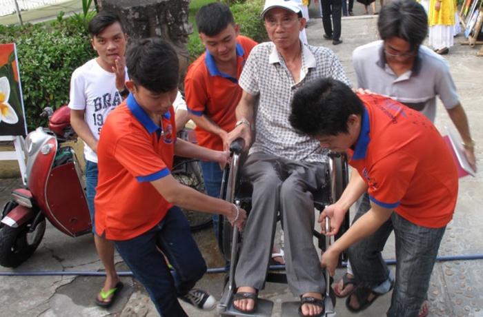 Cải tạo xây dựng công trình công cộng cho người tàn tật hòa nhập